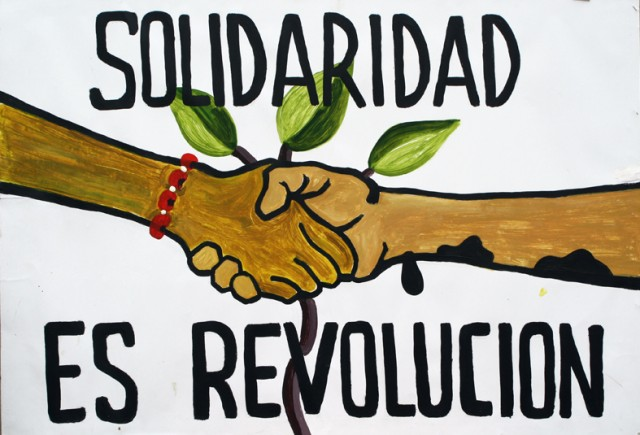 Afiche realizado en el marco de los 40 años de actividad petrolera en Loreto. Artista: Yuri Castañeda. Iquitos, noviembre 2011.