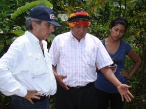 Andrés Sandi, presidente de FECONACO y ministro Pulgar-Vidal.