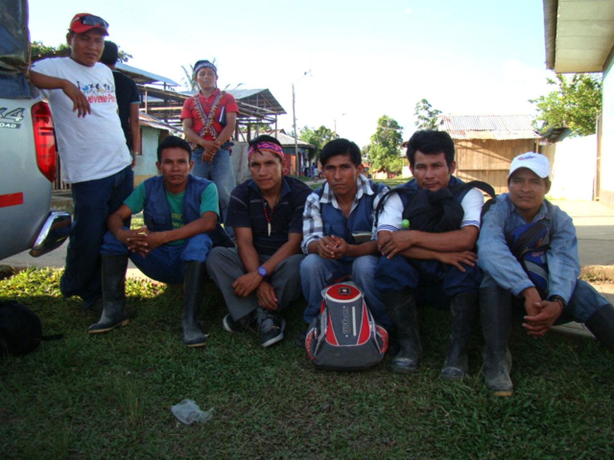 Equipo de monitores ambientales de la Federación Indígena Quechua del Pastaza - FEDIQUEP. Abril, 2013.