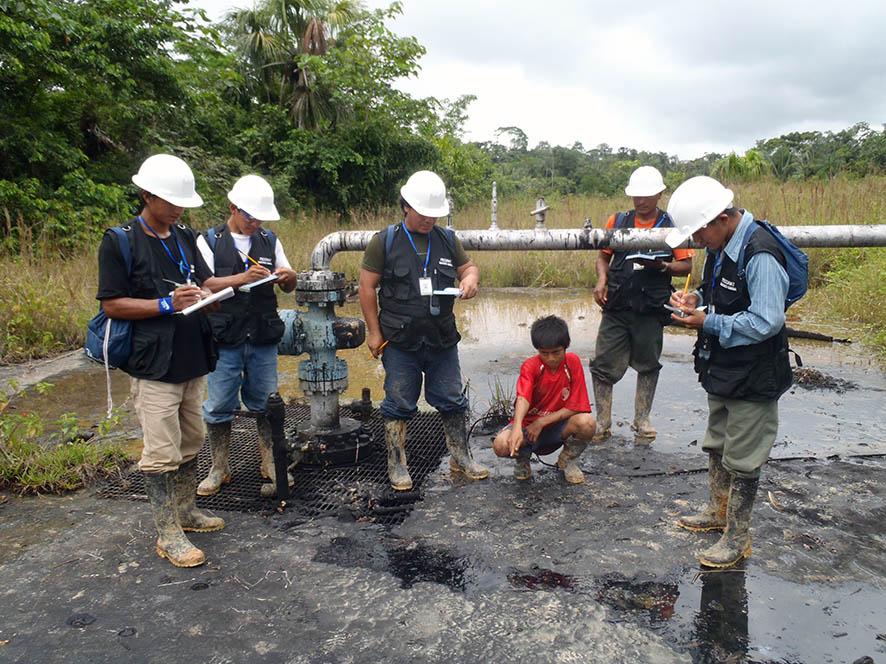 Taller de preparación de los monitores ambientales de FECONAT.