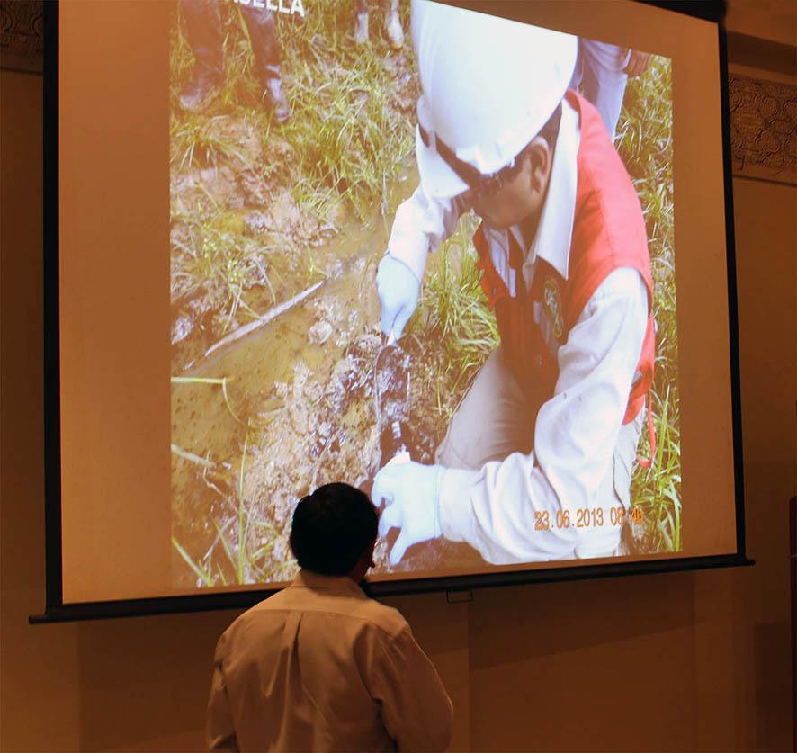Presentación de resultado del OEFA, en Iquitos, octubre, 2013.