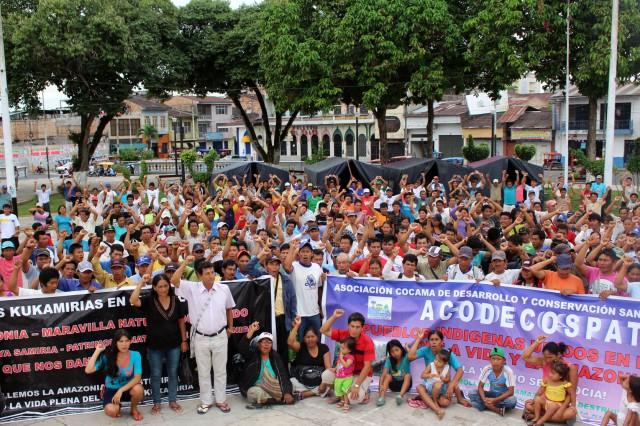 Kukamas en Plaza 28 de Julio, Iquitos. 19/06/2014.