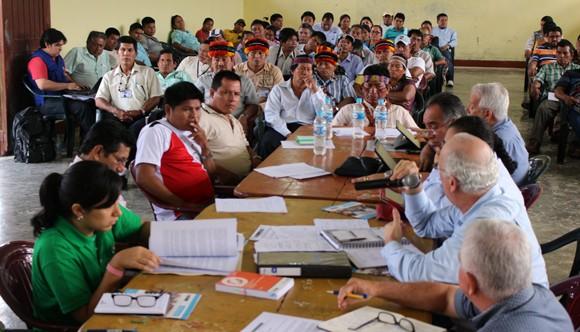 Reunión de Comisión Multisectorial, en Trompeteros, cuenca del río Corrientes