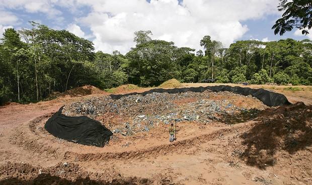 Relleno Sanitario a la entrada de Shipilay. Las obras quedarán inconclusas.
