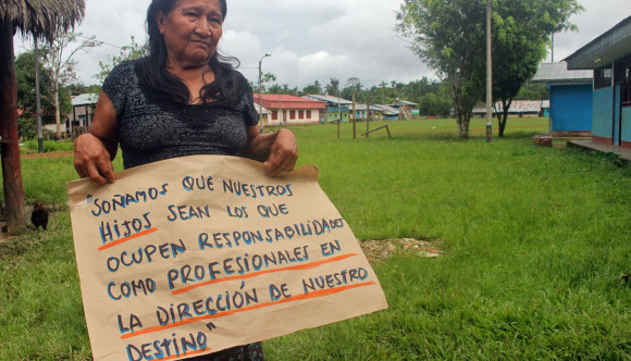 Madre indígena de la comunidad José Olaya, Adolfina García Sandi.