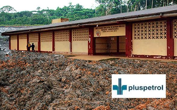 """Colegio de Secundaria de Nuevo Andoas construido encima de un sitio impactado como parte de las """"obras por impuestos"""" realizadas por Pluspetrol"""