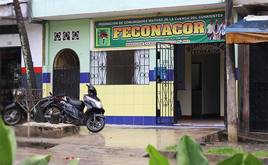 Exteriores del local de FECONACOR, en calle Teniente Pinglo, Iquitos.
