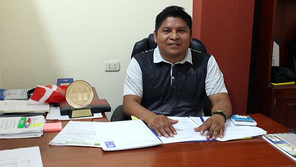 Apu Carlos Sandi, presidente de FECONACOR.