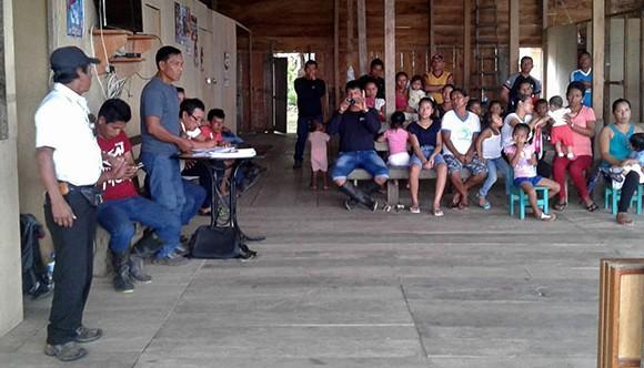 Asamblea en comunidad San Pedro_w